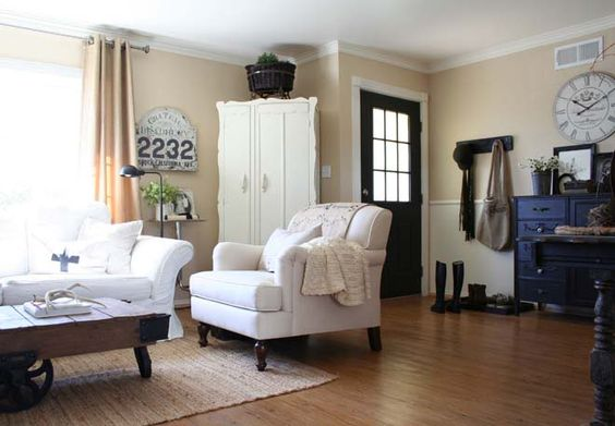 entry: Living Rooms, Traditional Living Room, Black Doors, Painted Cottage, Living Room Design, Livingroom, Wall Color, Decorating Ideas, Family Room