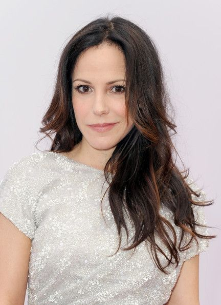 Mary-Louise Parker Hair