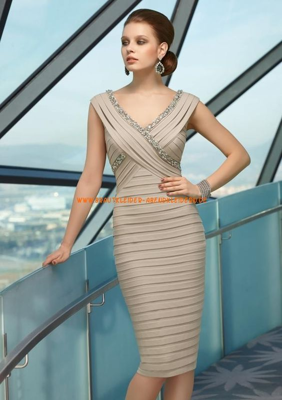 Kurze Abendkleider 2013 im Kolumnestil V-Ausschnitt online