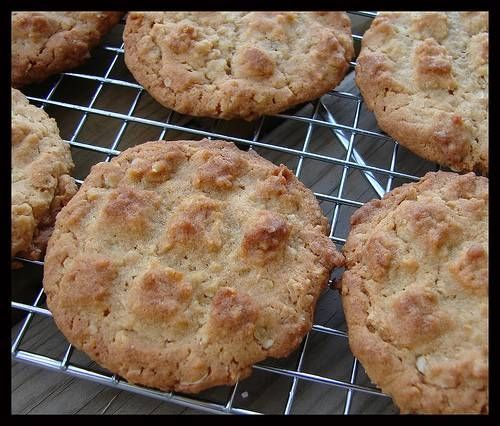 How to Make Peanut Oatmeal Cookies Without Brown Sugar | Peanuts ...
