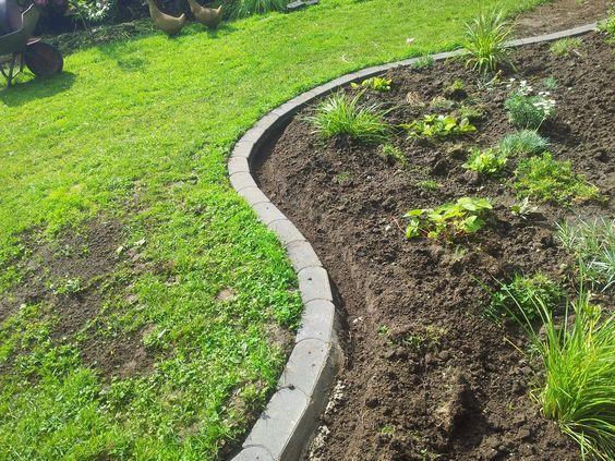 Rasenkantensteine leicht und einfach verlegen / Pflanzbeete ...