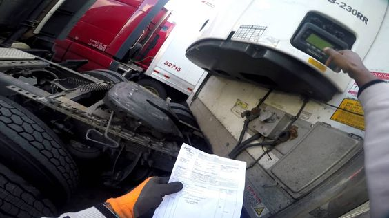 Trucking - Drop & Hook