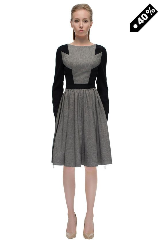 'Zipped Charms' Catchy Conservative, Long Sleeve Midi Dress