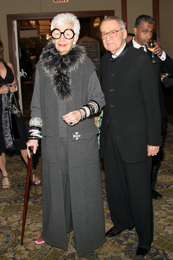Carl Apfel, a Textile Veteran and Husband to Iris Apfel, Dies at 100 - Carl and Iris Apfel in 2007. - The New York Times