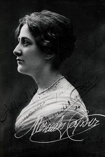 Mercedes Capsir (Soprano) Barcelona, Spain 1895 - Suzzara, Italy 1969)
