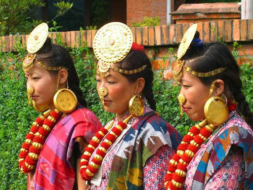 explore earth nepal nepal tibet and more nepal traditional dresses ...