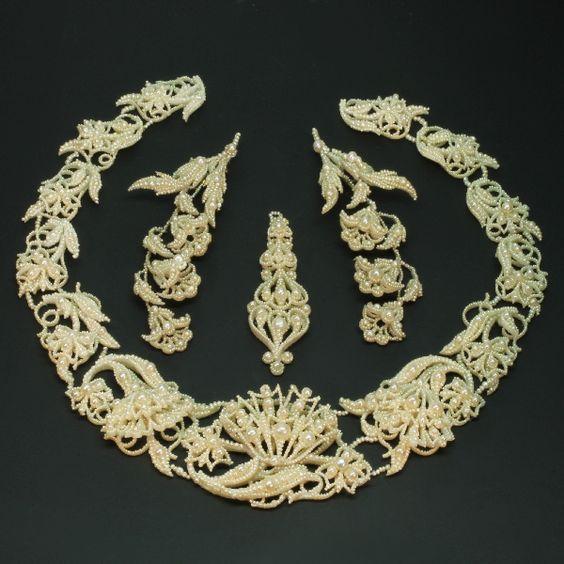 Natural seed pearl parure necklace pendant brooch Georgian Era antique jewellery: