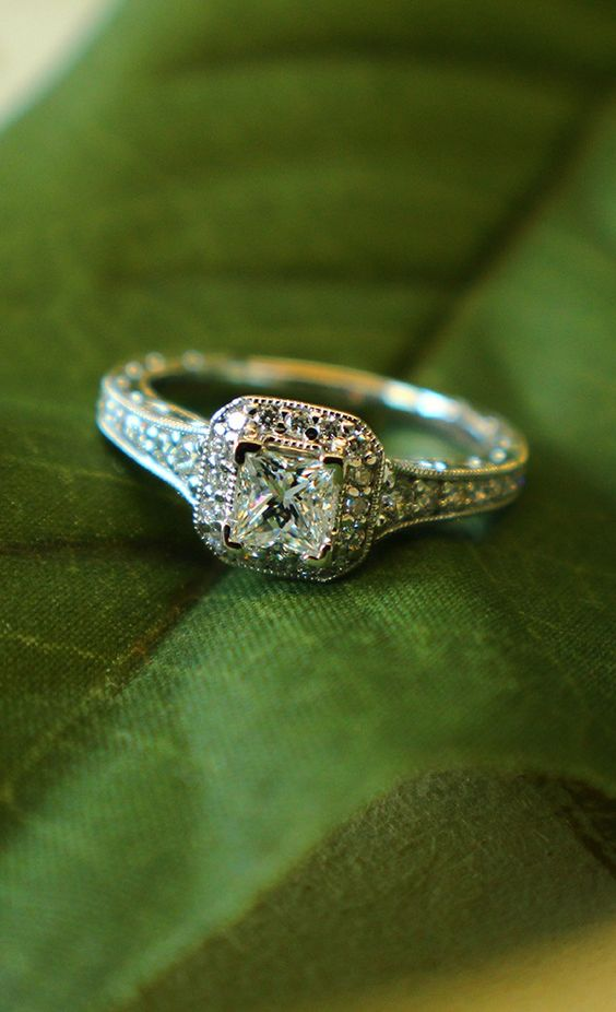 14k White Gold Victorian Halo Engagement Ring