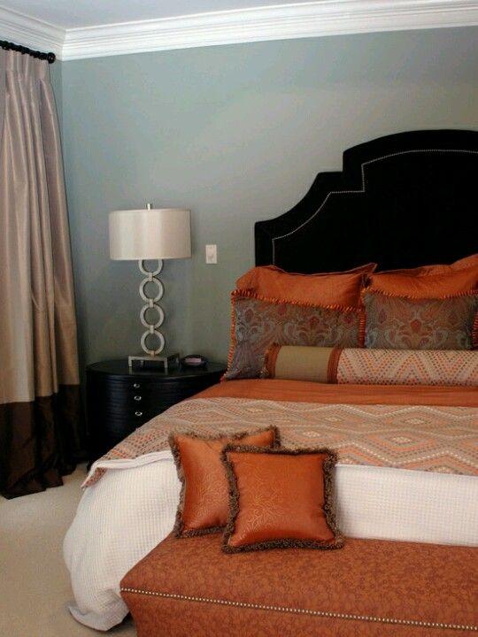 Burnt orange home burnt orange pinterest colors for Burnt orange bedroom ideas