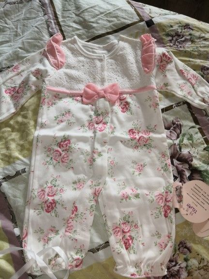 Online Shop 100 Cotton Newborn Baby Romper With Flowers Hat 0 3 Months Long Sleeve Bowtie Baby Girl Clothes White Baby Clothes
