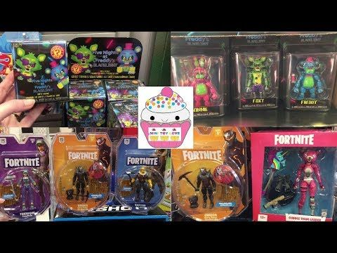 amazoncom roblox hunted vampire action figure comes Toy Hunt 163 Five Nights At Freddy S Blacklight Fortnite Action Figures Lol Surprise Pikmi Pops Youtube In 2020 Fortnite Action Figures Five Nights At Freddy S