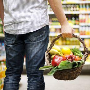 Solteiros: como montar uma lista de compras saudável