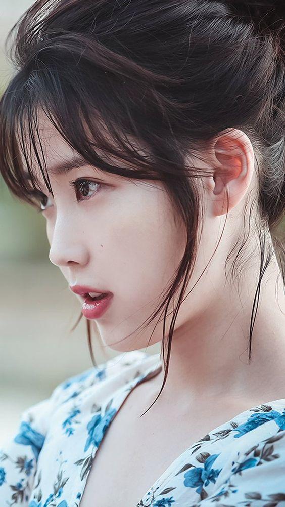 IU横顔も美人でかわいい画像