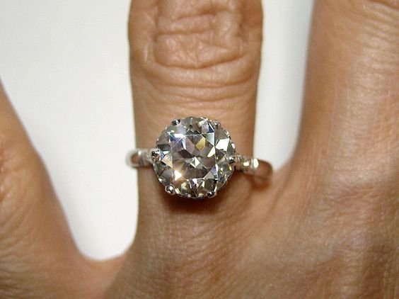 2.43ct Antique Vintage OLD EUROPEAN ROUND Cut Diamond Engagement Ring from treasurlybydima on Ruby Lane. Beeeee épée aaaa utiful