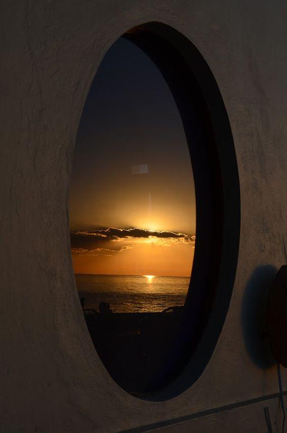 Valdir Machado: Pôr do sol em Colônia Del Sacramento