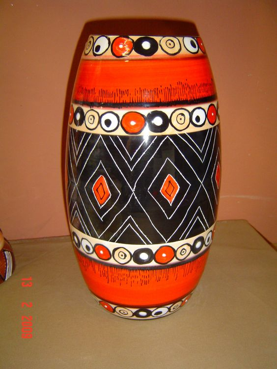 Ceramic painted vase