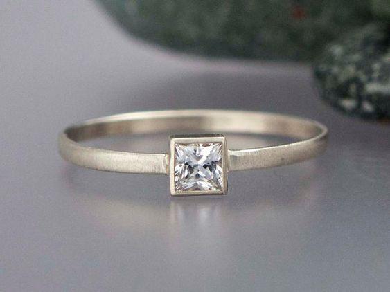 Square White Sapphire Ring - white gold - Princess Cut Diamond