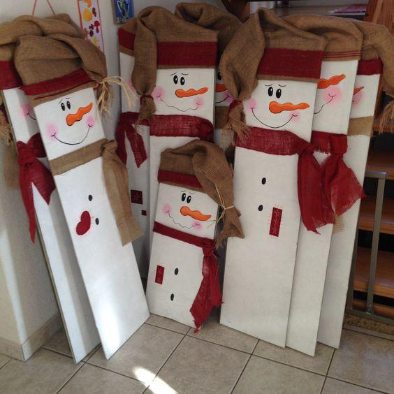 Bonhommes de neige avec des anciennes planches de parquet - Bricolage de noel pinterest ...