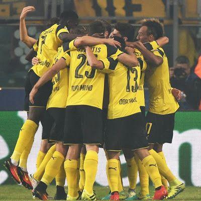 Borussia Dortmund put six past hapless Legia Warsaw