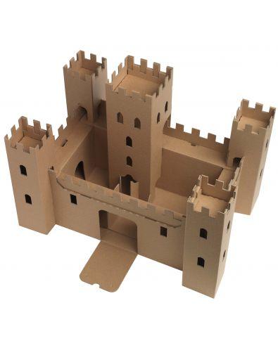 Ch teau fort en carton les maisons d 39 emma chateau for Maison en papier a construire