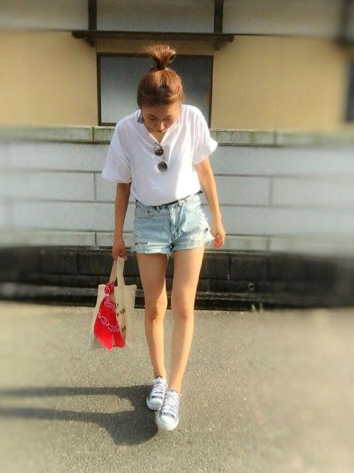 the☆夏コーデ🌞🌴🌺🌊👙👒🍧 白T✕デニムショーパン💕 鉄板ですな😏 というか、