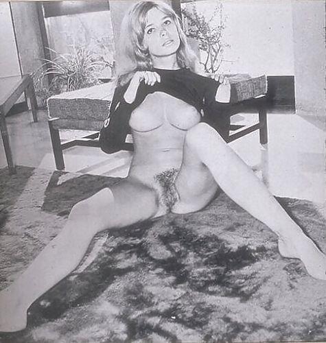 INGRID-STEEGER-1-Foto-13x18cm-des-Erotikstars-Nude-KLIMBIM-STAR-IS31