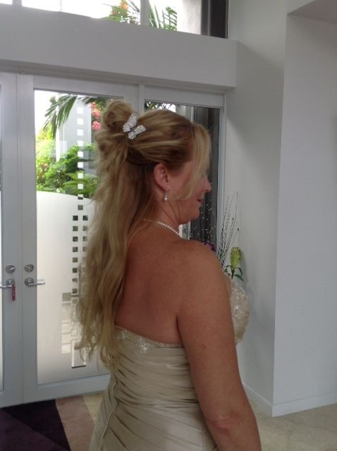 hair with butterfly but not curled