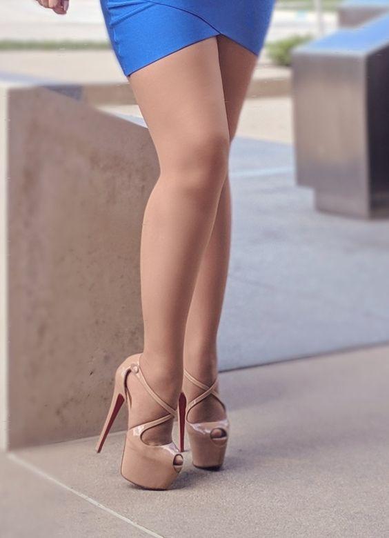 修长美腿鬥艷  Fashion 與妳分享