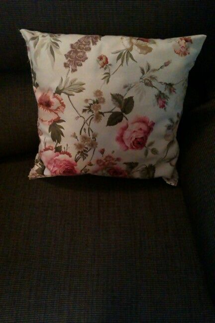 Made another cushion :3