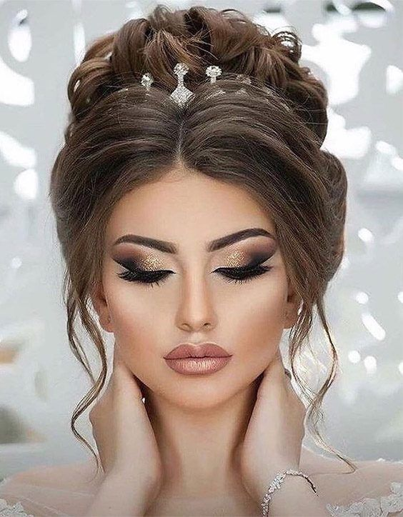 Awesome Makeup Style For Wedding Day For 2020 Wedding Hairstyles For Long Hair Glamour Makeup Wedding Hair And Makeup