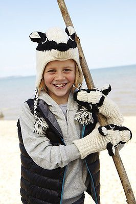 #Badger animal hat / mittens - #handmade by #pachamama - one size (3-7 years),  View more on the LINK: http://www.zeppy.io/product/gb/2/261651197083/
