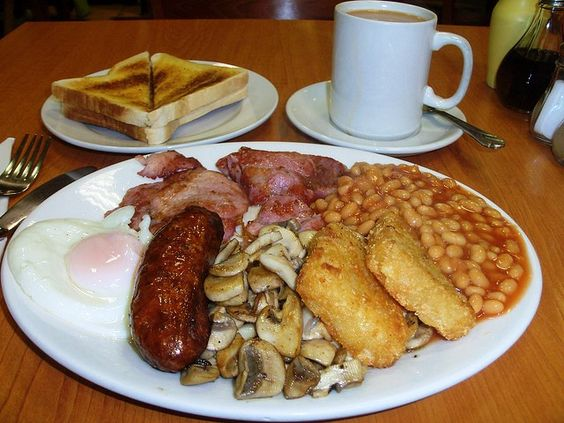 Full English breakfast - click through for an awesome article on 50 of the world's best traditional bfasts. nummy!