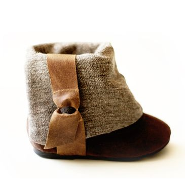 Finally found shoes lined with organic eco-friendly cotton...perfect for my baby's sensitive skin! =)