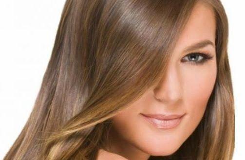 Si quieres aclarar o cambiar tu color de cabello sin químicos, prueba con canela molida, que aclara tu cabello dándole unos toques de colo...