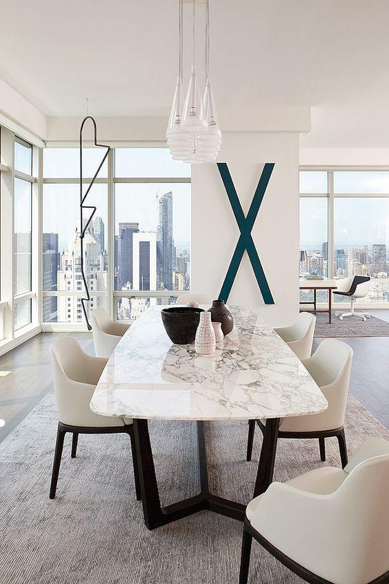 Bloomberg Tower Apartment by Tara Benet Design. #interiordesign #marbledecordecor #diningroomideas dining room inspiration, modern home décor, interior design ideas See more at http://www.brabbu.com/en/inspiration-and-ideas/category/interior-design/dining-room
