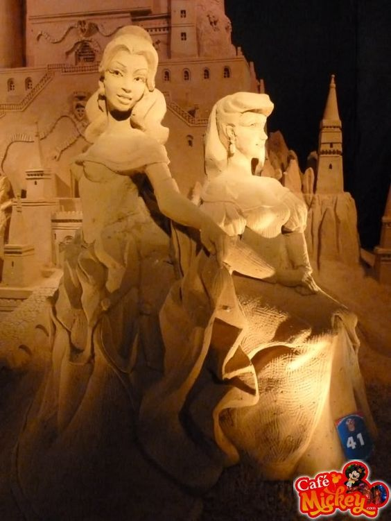 #disney sand sculptures -cafemickey.com [photo character central]