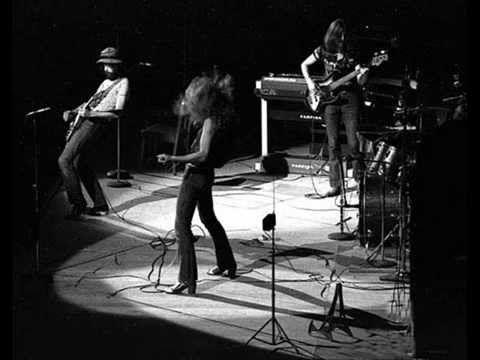 Dazed And Confused - Led Zeppelin (live Boston 1970-09-09)