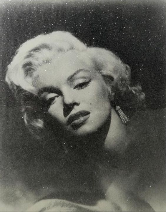 """Marilyn Monroe Glamour"" by Russell Young"