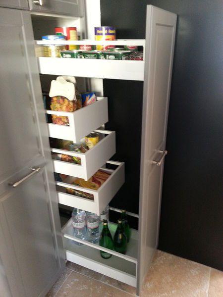 Rangement cuisine avec armoire pharmacie tr s pratique am nagement cuisi - Rangement cuisine pratique ...