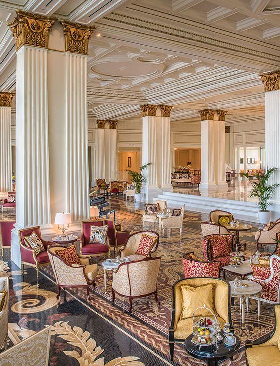 LUXE HOTELS & RESORTS Main lobby at the Palazzo Versace Dubai Hotel: