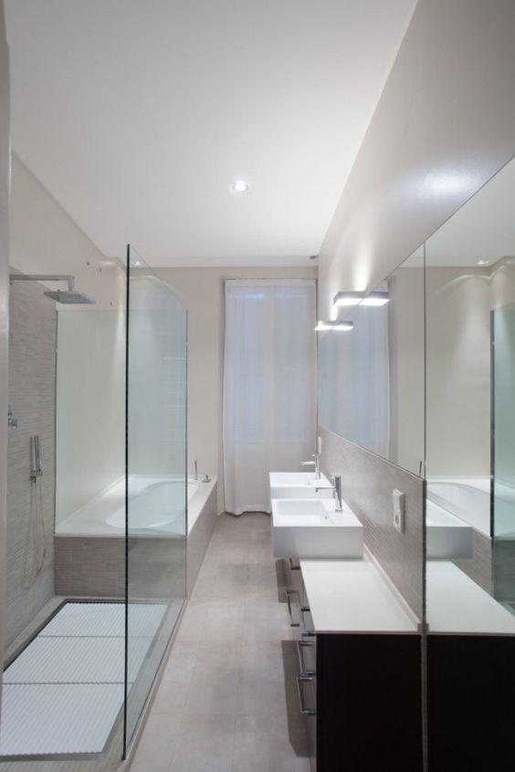 schmales badezimmer minimalistisches design dusche badewanne | Bad ...