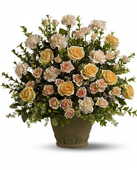 Teleflora's Rose Remembrance Flowers: