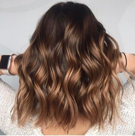 cabelos com luzes mel fofinho