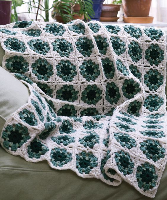Granny Motif Mania Throw Free Crochet Pattern from Red Heart Yarns ...