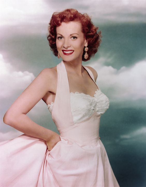 natural glamour of actress Maureen O'Hara ~ 1940s/1950s/1960s
