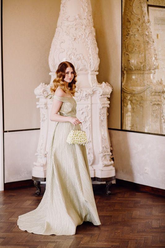 Bridesmaids Aiola Im Schloss St Veit Graz Kleid Hochzeit Kleider Hochzeitskleid Spitze