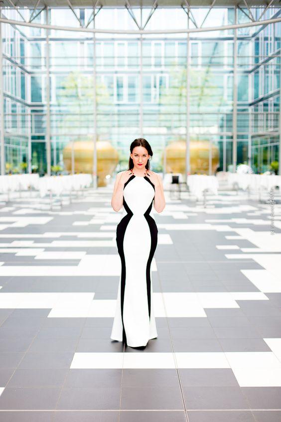 Fashionblog Bonn Köln - Langes Abendkleid - Galakleid im Atrium