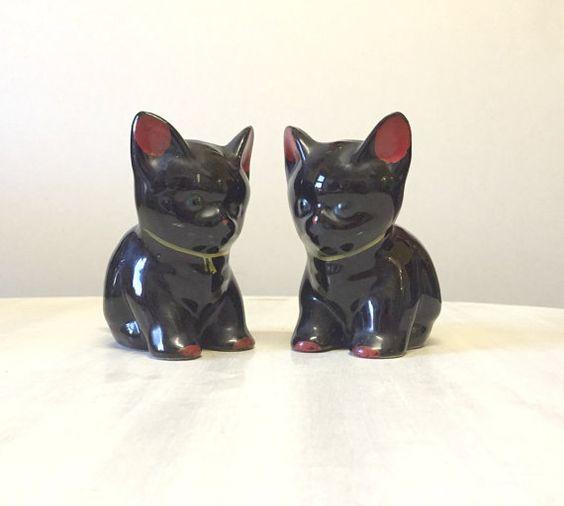 Vintage Chinese lucky black cat.porcelain 1940s lustre ware black cat