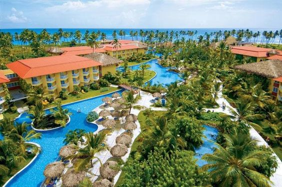 Repin if you're a fan of this #stunning photo of #DreamsPuntaCana! #travel #paradise