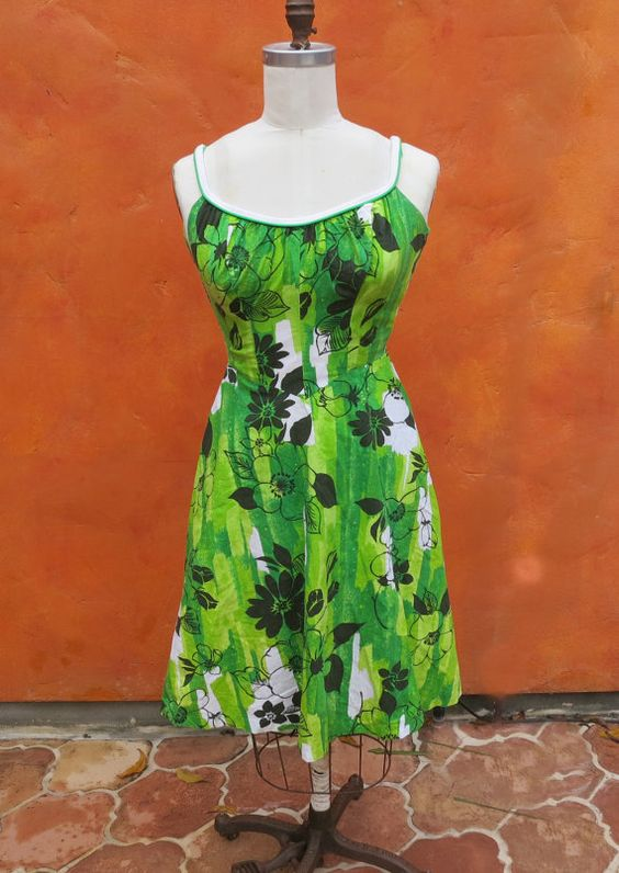 Vintage 50s 60s Hawaiian Bombshell Rockabilly Sun Dress by SweetPickinsShop